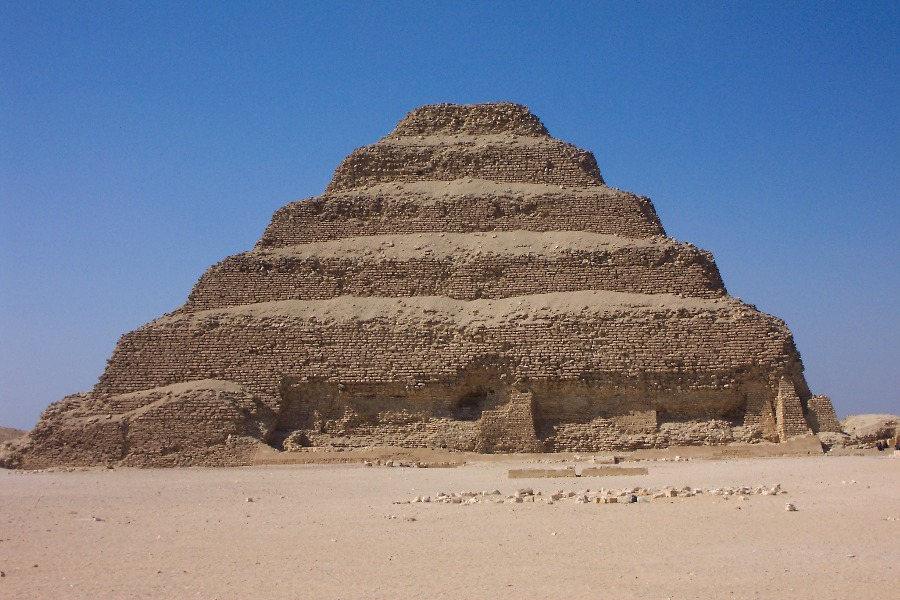 pirámide escalonada de Saqara